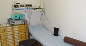 Patientenzimmer der Naturheilpraxis Baklayan in München